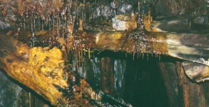 Concrétions dans les mines de Collonges