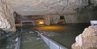 Grotte de Vallorbe - crue 2004